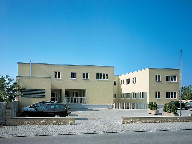 Fertighaus Wohn- und Bürogebäude