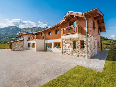 Prefabricated house Mehrfamilienhaus Schelfi