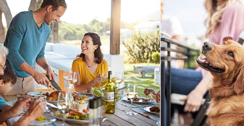 Leben im Fertighaus mit Terrasse von VARIO-HAUS